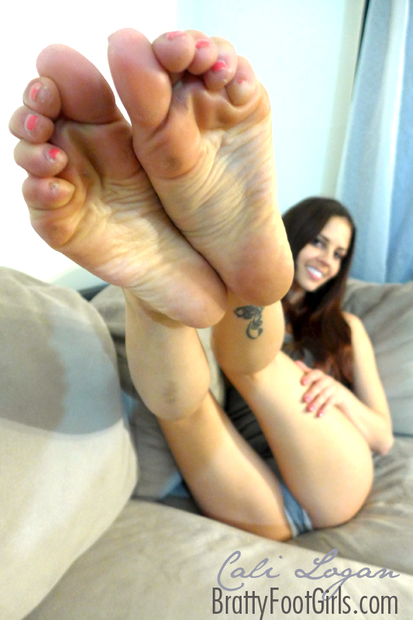 Cali logan feet