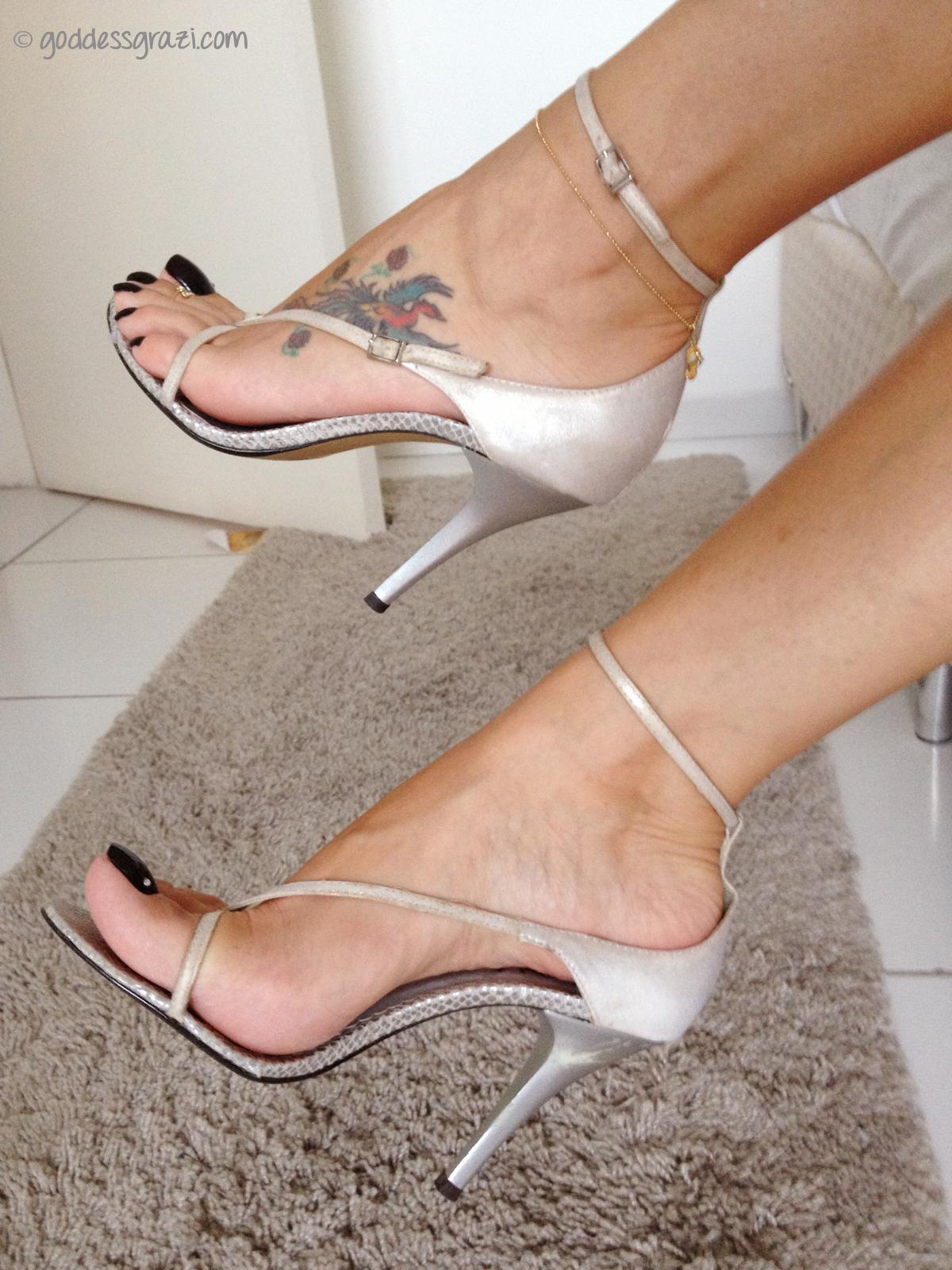 goddess feet