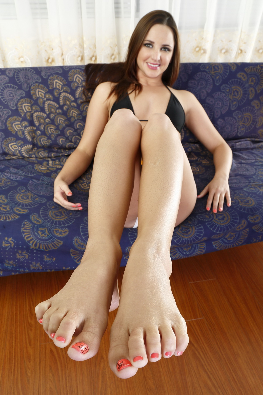 loni anderson nude photo