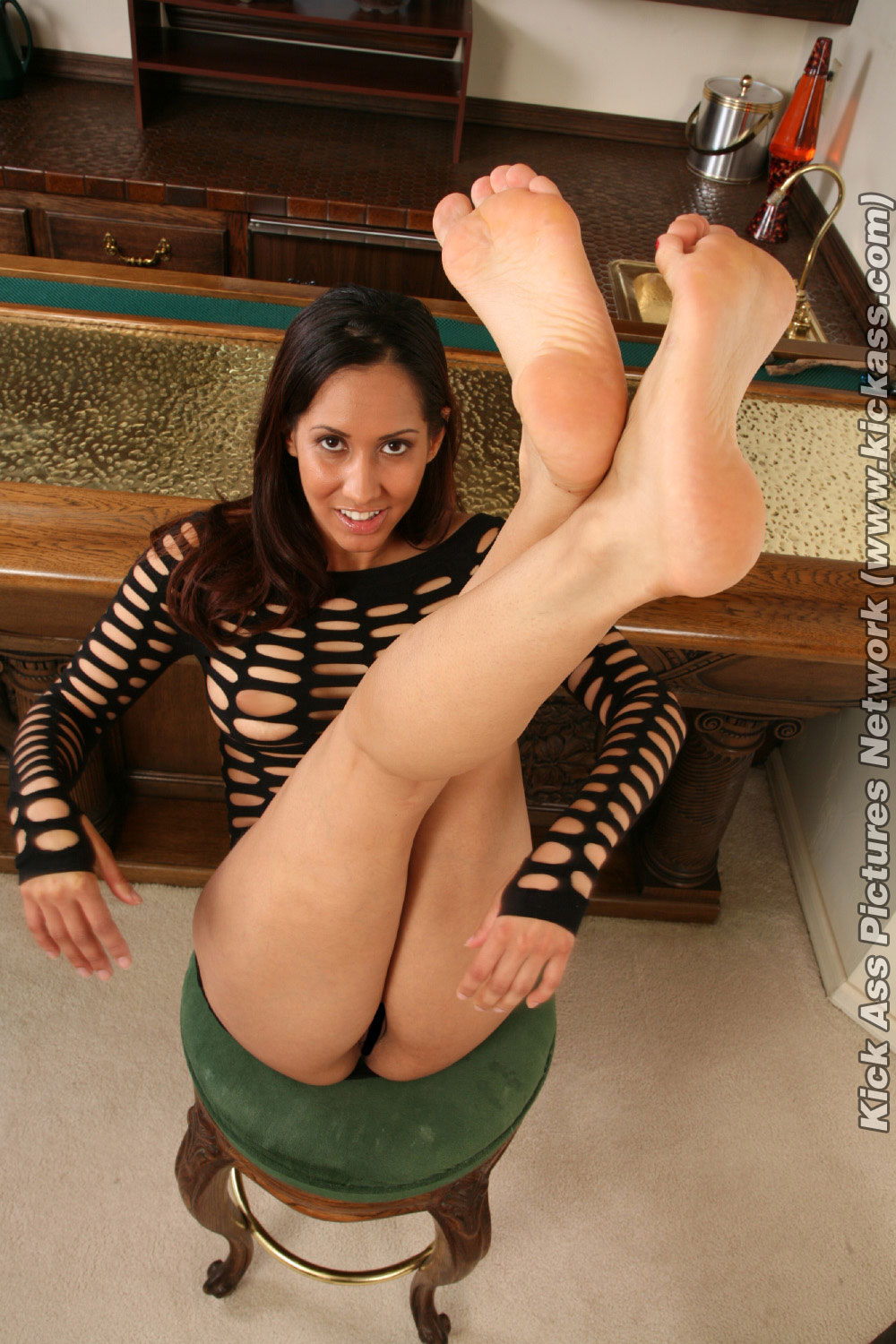 Want fuck isis love feet body