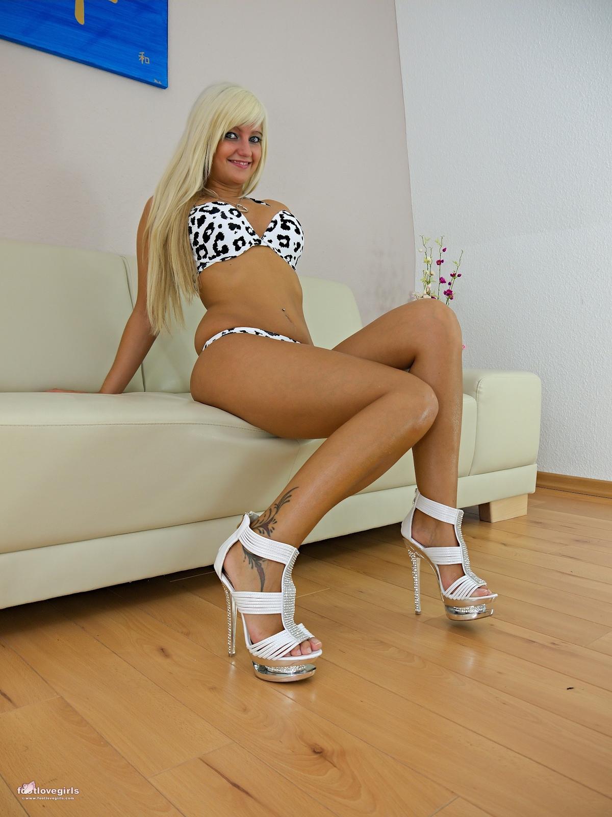 Marinka Feet