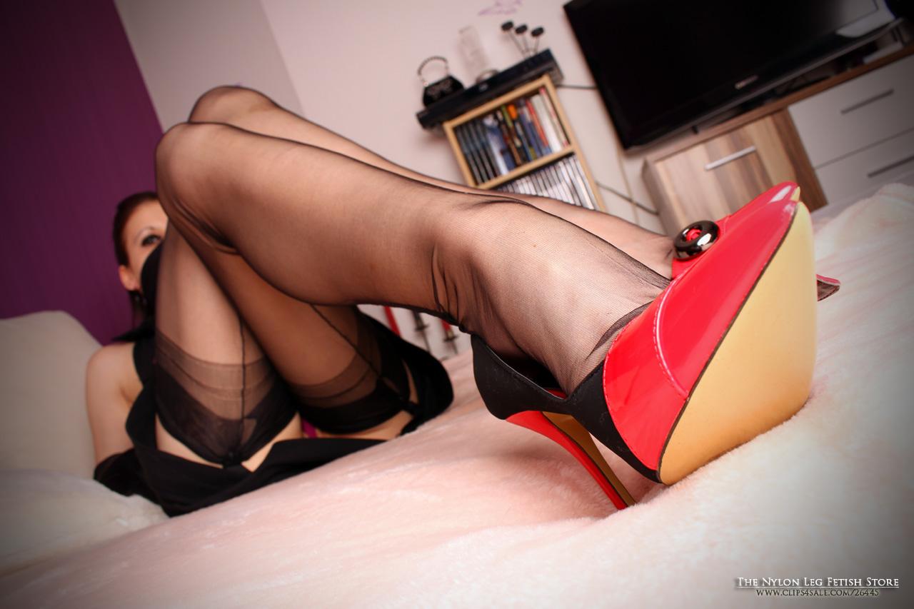 Submissive mature vids
