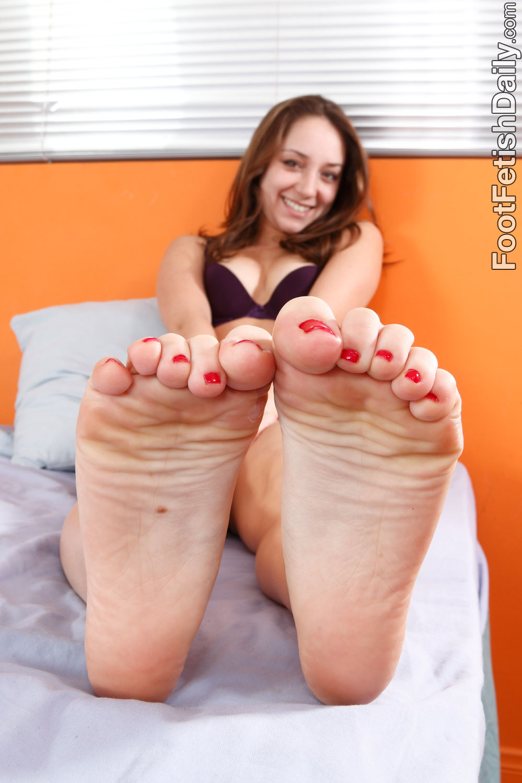 remy lacroix feet