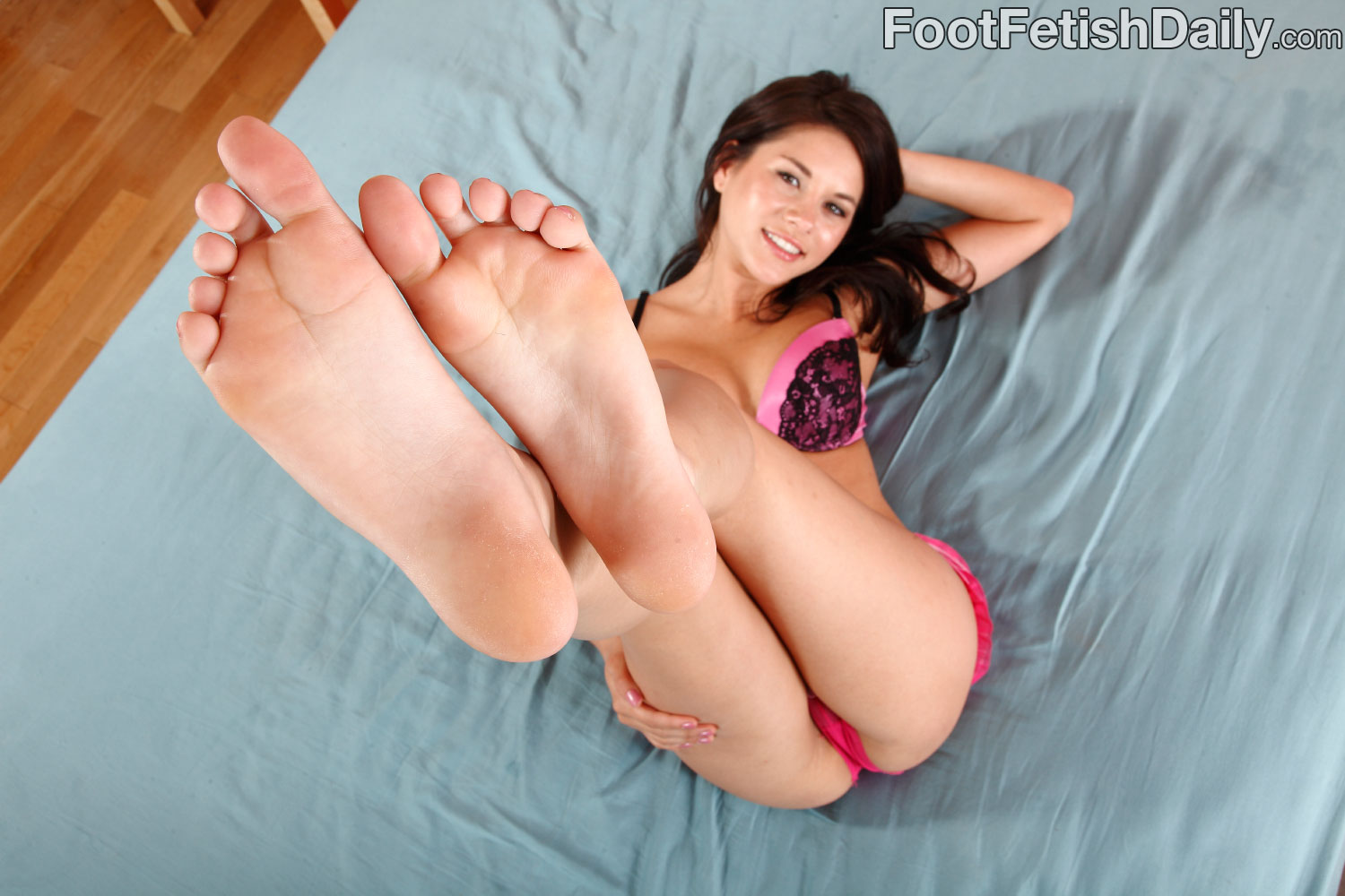Shyla jennings foot worship