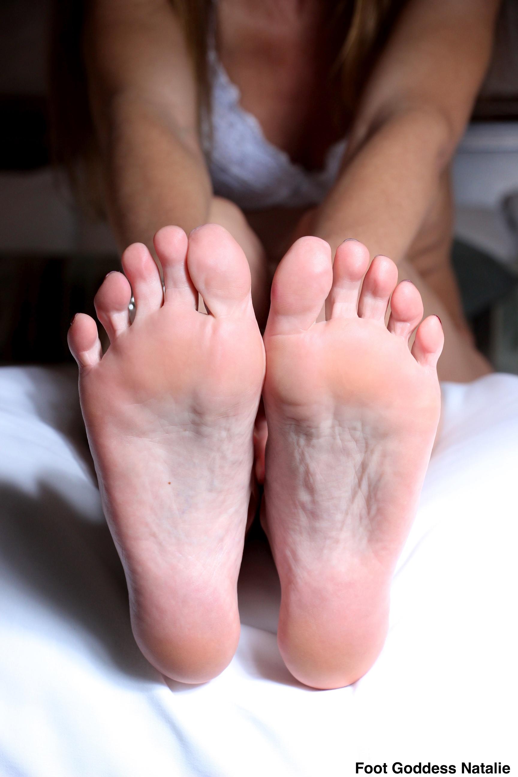 Foot fetish godess