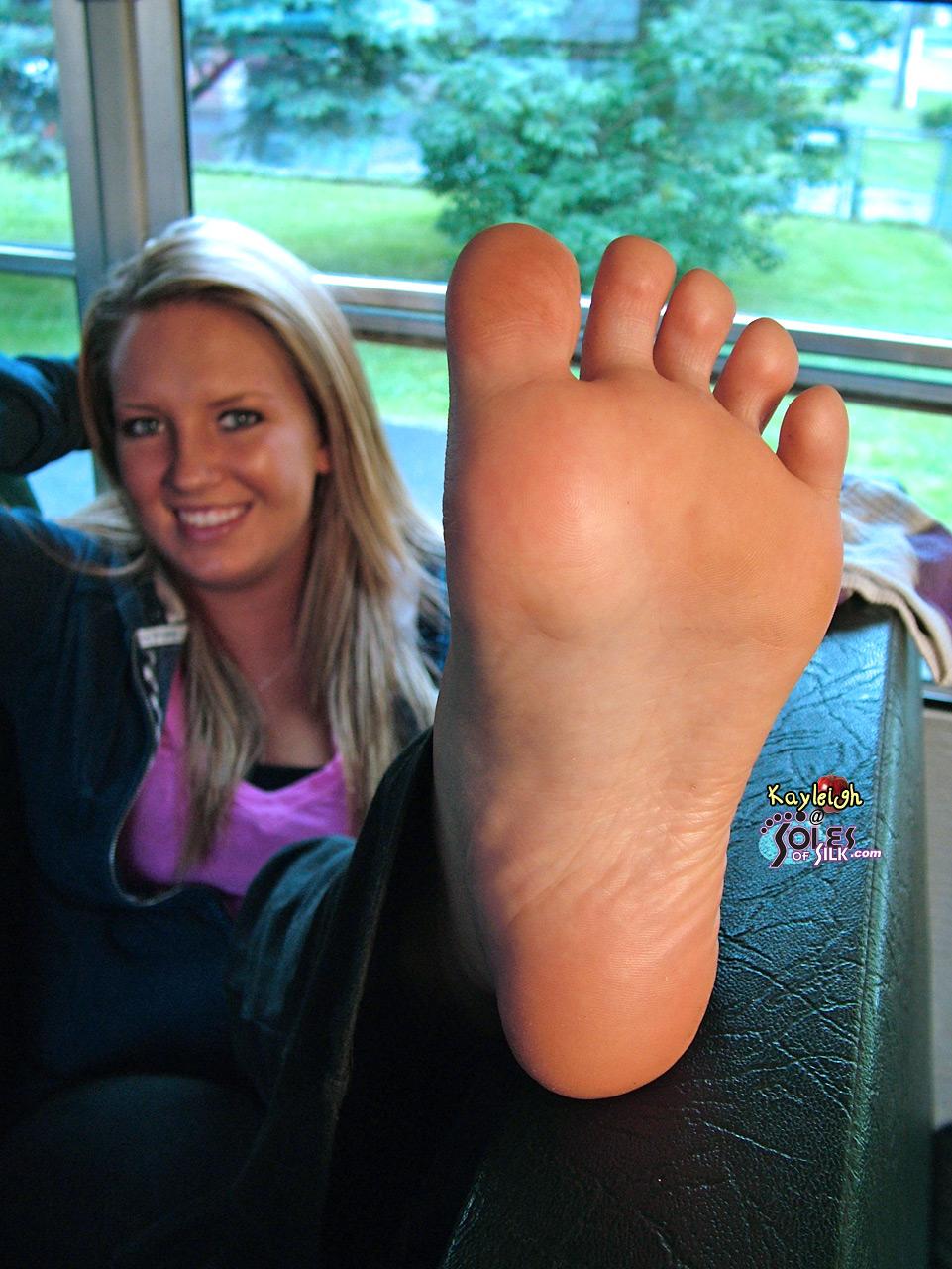 Shoe fetish foot fetish babe in lingerie sucks and fucks 1