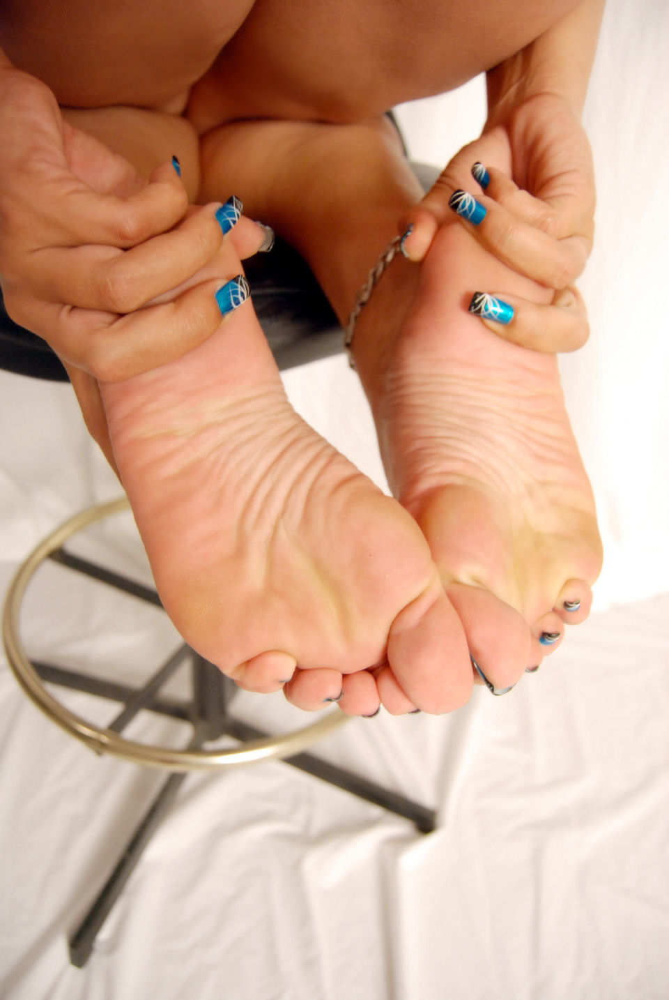 Lady steph footjob